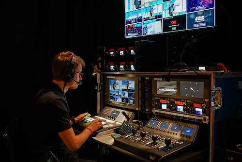Bildmischer mit bis zu 10 Kamera sind bei uns in der Technikabteilung möglich!